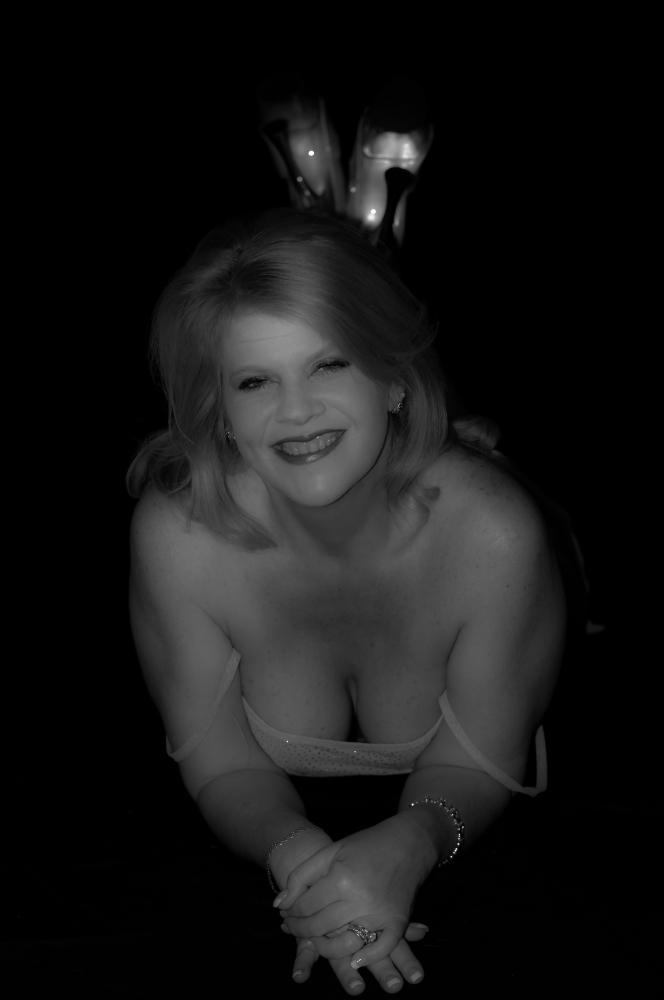 2013 Girls Night Photo Shoot - Cherie (1/6)
