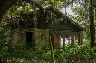 This is an abandoned house on Deen Still Road that we like to shoot